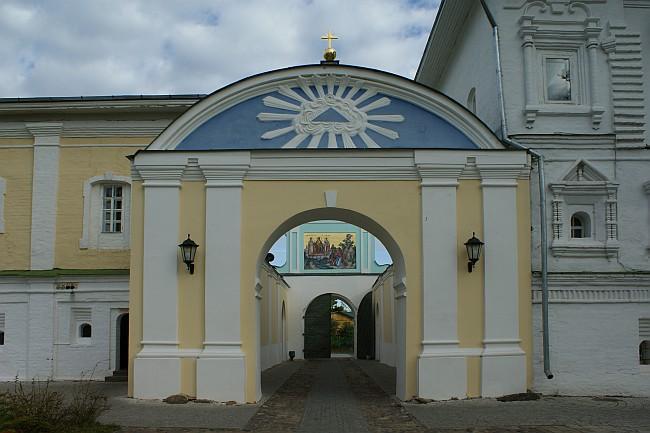 http://xrams.narod.ru/cerkvi_zk_f/ksM/ksm-IpatievM15.jpg